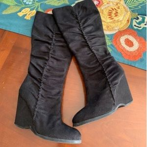 MIA Tall Black Wedge Boots   Size 7/12